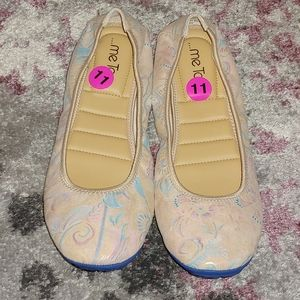 me Too Floral Flats Size 11